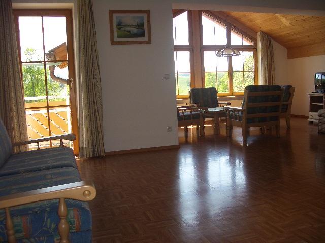 Bayersoier Hof - Ferienwohnung 2 - Wohnzimmer