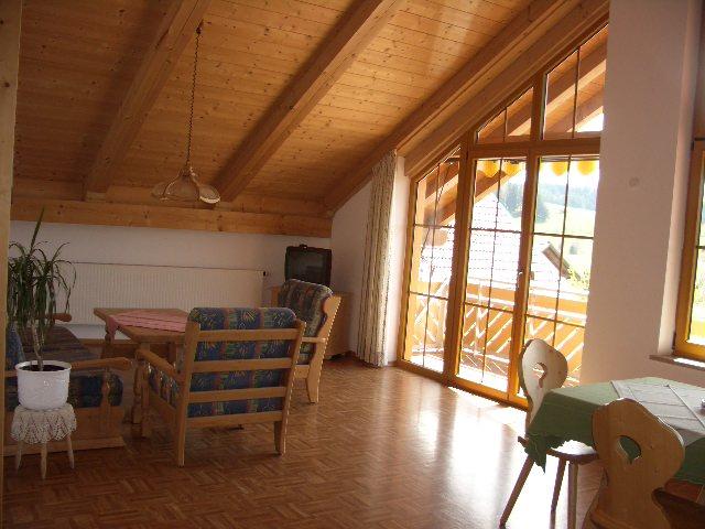 Bayersoier Hof - Ferienwohnung 3 - Wohnraum
